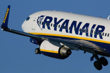 Ryanair adota novo sistema de cobrança de bagagem a partir deste dia 15
