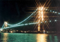 Florianóplis - Ponte Hercílio Luz Foto Divulgação Santur / CVB Florianópolis