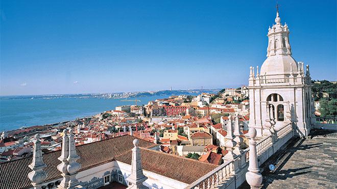 Portugal registrou uma receita de quase 11 bilhões de euros com turismo neste ano
