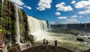 Andes Linhas Aéreas passa a operar em Foz do Iguaçu