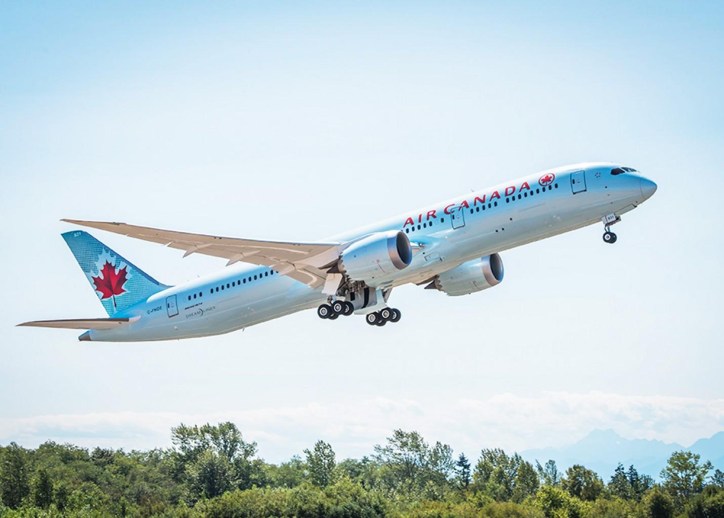 Air Canada introduz Premium Economy entre Toronto e Guarulhos a bordo do B787-9