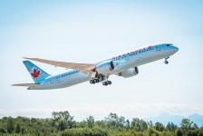 Air Canada comemora início de operações entre Vancouver e Deli