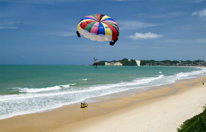 Ponta Negra, uma das principais praias de Natal (RN)