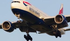 British Airways cogita vender peças de arte de lounges para angariar fundos