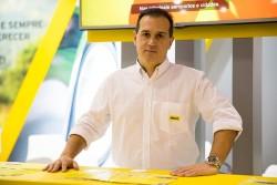 Hertz anuncia parceria com Santander e oferece benefícios a clientes