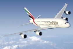 Emirates recebe seu 80º A380 e divulga primeiro vídeo 360º do mundo da cabine; assista