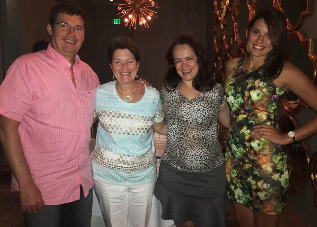 Luiz Moura, Misty Johantgen, Ana Flavia Medina e Veronica Figueroa, de Kissimmee