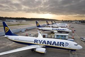 Ryanair-Aircraft-on-Ramp