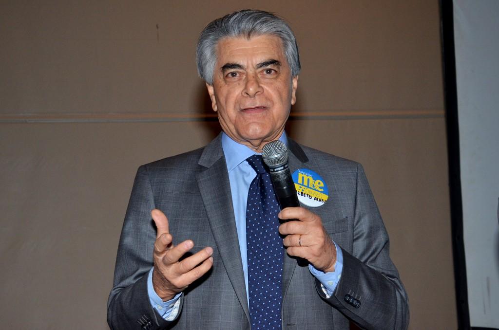 Alberto Alves, ministro do Turismo
