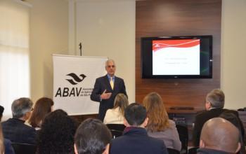 Freelancers e cláusulas contratuais dominam Fórum Executivo da Abav-SP; saiba mais