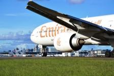 Emirates e Flydubai estariam estudando fusão em até 18 meses