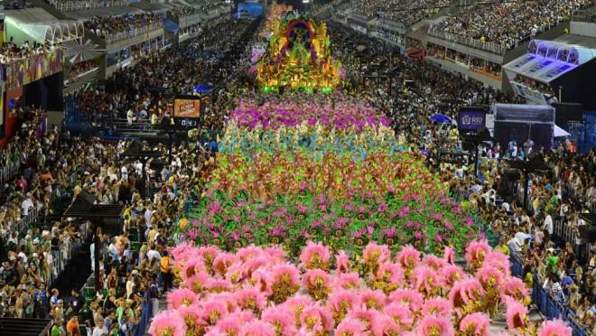 Carnaval carioca continua sendo o mais atraente para os turistas durante o período