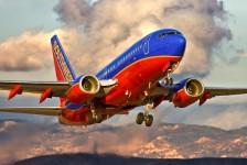 Efeito MAX: Southwest segue rivais e só retomará operações em novembro