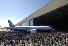 Despesas da Boeing chegarão a US$ 2,1 bilhões no 2° trimestre de 2016