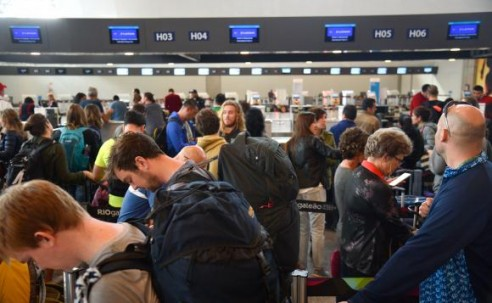 Com o fim da Olimpíada, 85 mil pessoas devem embarcar hoje no Aeroporto Internacional Tom Jobim/RioGaleão. O movimento é recorde na história do terminal Tânia Rêgo/Agência Brasil