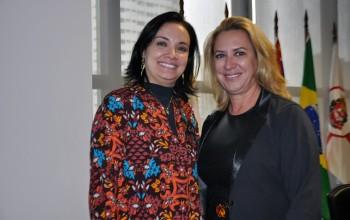 Veja fotos da reunião do Cevec