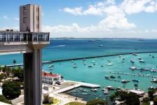 Turismo na Bahia cresceu 3% em abril, diz pesquisa