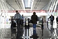 Gastos dos brasileiros em viagens ao exterior voltam a crescer; confira