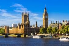 Reino Unido reduz para 5% imposto para turismo e hospitalidade