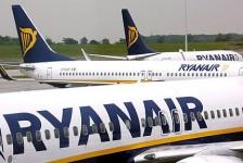 Efeito MAX: Ryanair fecha bases e corta 200 postos de trabalho na Espanha