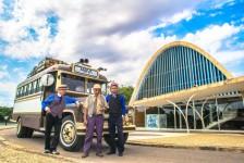 Belo Horizonte inaugura Tour Retrô com carro de 1957
