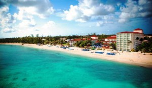 Bahamas fecha fronteiras para turistas norte-americanos