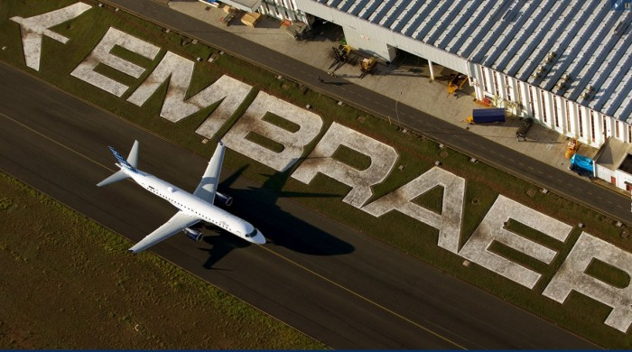 E-jet-na-pista-foto-Embraer