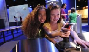 Kennedy Space Center traz astronauta brasileiro e nova atração para férias