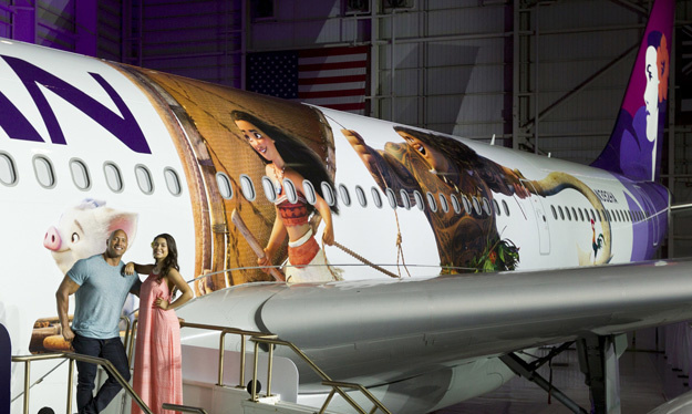 hawaiian-a330-200-n392ha-moana-actors-hawaiianlrw