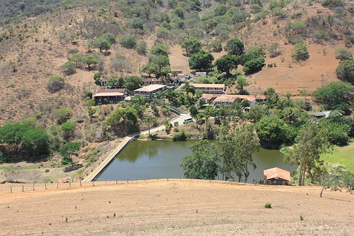 Fazenda Brejo, localizada em Saloá-PE, mostra um pouco do agreste e do sertão pernambucano