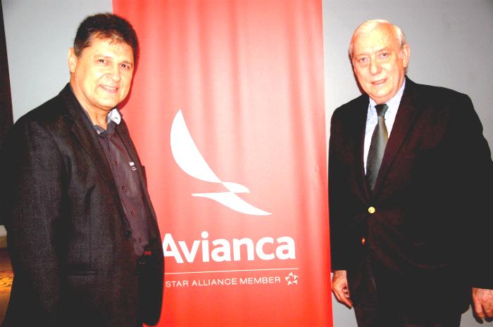 Valci Souza, gerente regional de vendas do Rio, e Ian Gilliespie, diretor internacional da Avianca