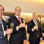 Luiz Rocha, do RIOgaleão, Frederico Pedreira, da Avianca Brasil, Mark Schwab, da Star Alliance, e Song Hoi See, do Plaza Premium Group, durante inauguração da sala vip da Star Alliance no RIOgaleão