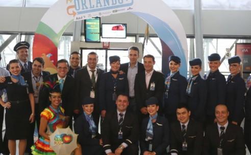 Em dia histórico, Azul inaugura o primeiro voo direto do Nordeste para Orlando