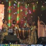 Com shows de artistas pernambucanos e nordestinos, palco teve atrações durante toda noite