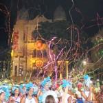 Papéis picados abriram oficialmente o carnaval pernambucano