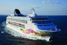 Norwegian Cruise Line suspende operações até 10 de maio
