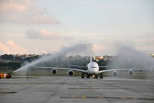 Emirates inicia operações regulares com o A380 no Brasil; fotos
