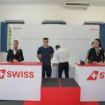 Balcão da Swiss Airlines simulou o embarque na experiência