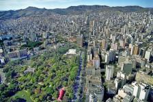 Belo Horizonte reabre comércio, bares e restaurantes