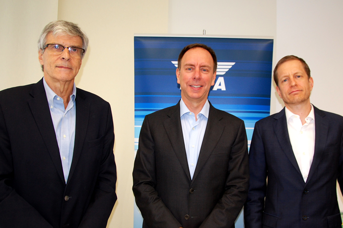 Carlos Ebner, Jason Sinclair e Peter Cerda, da Iata