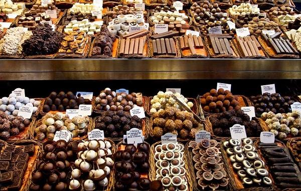 A Booking listou cinco destinos pelo mundo que vão satisfazer a sua fome de chocolate