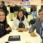 Gisele Lima, da Promo, Isabelle Santiago, de PE, e Adailton Feitosa, presidente da Empetur