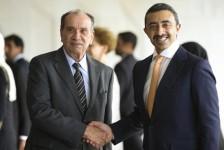Brasil assina acordo com Emirados Árabes Unidos para isenção de visto