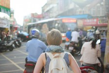 Ministério do Turismo traça perfil de viajantes brasileiras; veja curiosidades