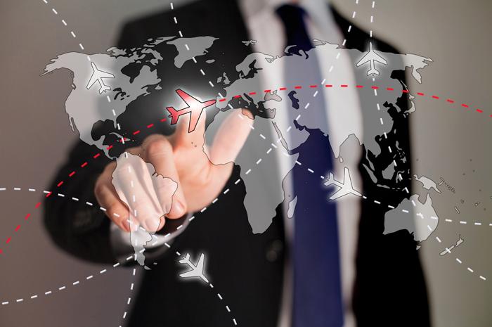 De acordo com pesquisa, aumento do dólar não impediu o aumento do desejo por viagens internacionais