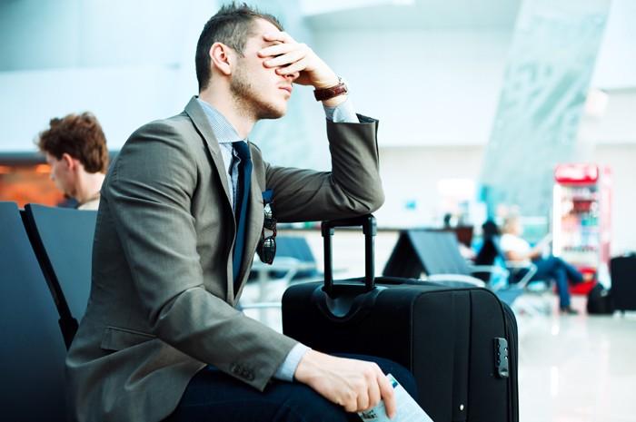 A partir de 1 hora de atraso já é possível reivindicar assistência das companhias aéreas