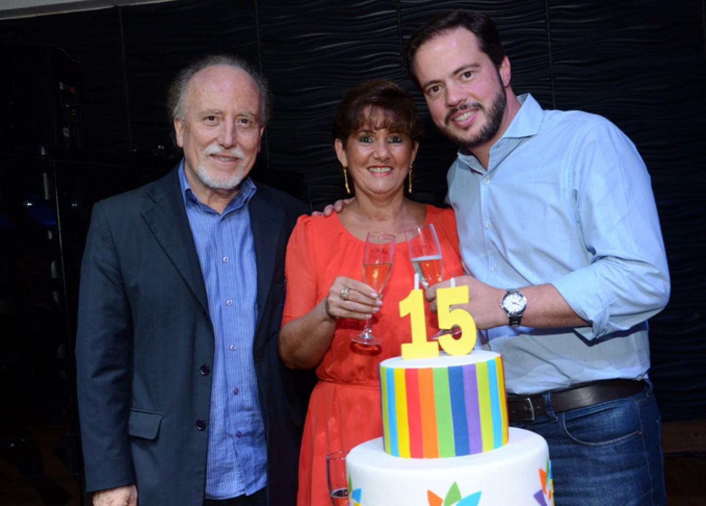 Santos e Região CVB comemora 15 anos com festa