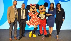 Veja fotos do treinamento da Disney