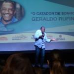 """Geraldo Rufino, o """"Catador de Sonhos"""", realizou uma palestra motivacional para os presentes"""