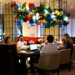 Lobby convidativo incentiva reuniões e negócios